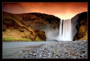 Skogafoss in color by kgeri