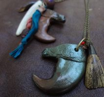 Cast tiger claw necklaces by missmonster