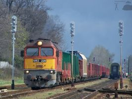 M62 228 with freight in Gyorszabadhegy by morpheus880223