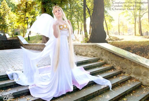 Costume bespoke - Queen Serenity by Artyy-Tegra