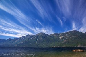Cloud streaks by Kiarate