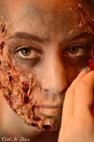 Zombie Make up by CatchMePictures