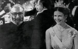 Dr. Abdus Salam With the Queen by AhmadiMuslim