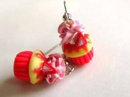 Strawberry Vanilla Cupcake Earrings by SpadeZ-Ace