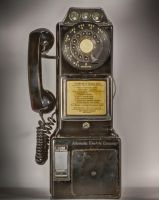 Old Phone by mjohanson