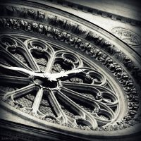 St Denis Rose Window by lostknightkg