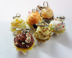 Cupcake Charms by WaterGleam
