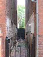 Down the alleyway by Galactia-3000