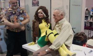 Sittin' on Stan Lee by Ruskicho