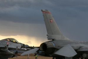F-16 Bad weather conditions? by Liam2010