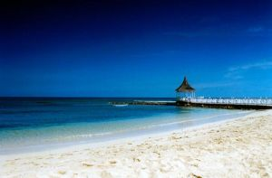 Jamaica White Sand and Pier by mastercylinder