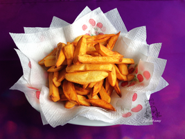 Papas Fritas by IsiLaHamy