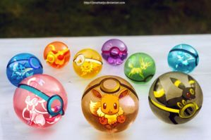 The pokeballs of Eevee and Eeveelutions by Jonathanjo