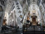 into Gent Church by Rea-the-squirrel