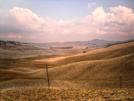 Val d'Orcia by cortomaltese219
