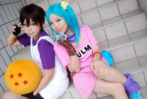 Bulma and Videl by fuuyukida