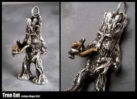 Tree Ent pendant by Dans-Magic