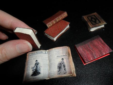 Miniature Books by kayanah