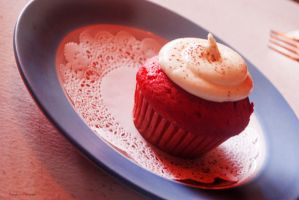 Whipped Cream and Strawberry Cupcake by Sonja ~ by MikuRC