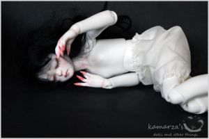 Snow White 1 by kamarza
