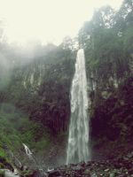 grojogan sewu waterfall by ivantolol