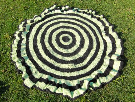 Circular Crochet Throw by TheSerialKnitter