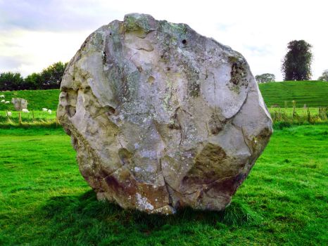 Avebury Round by shirosynth