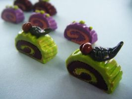 Green Tea Roll Cakes by Cinnamonster