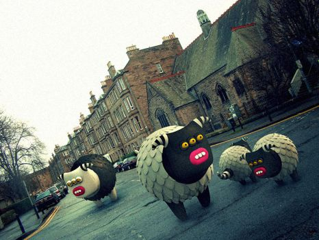 In the streets of Edinburgh by Cyberella74