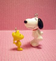 Snoopy and Woodstock by stevoluvmunchkin