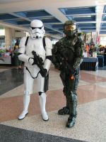 Stormtrooper and Master Chief by fcneko