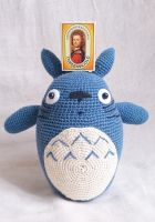 Crochet Totoro With matchbox by Hyperfisk