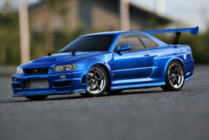 Skyline R34 GT-R Z-Tune 1:10th by Ferosso