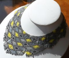 Helmineitsyt 1.4 gray yellow seed bead necklace by AxmxZ