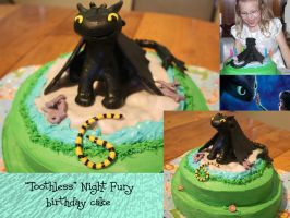 Toothless the Night Fury dragon birthday cake :D by Mab-overthrown