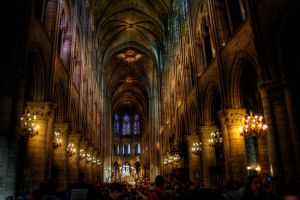 Notre Dame inside by Ditze
