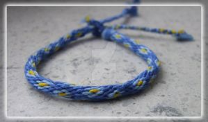 Kumihimo bracelet - flowers by lonely--soldier