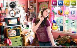 Kat Dennings Desktop by kirby