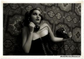 pin up at phone by Ermioneweb