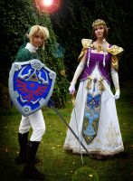 Link Cosplay - Zelda +her hero by Eressea-sama