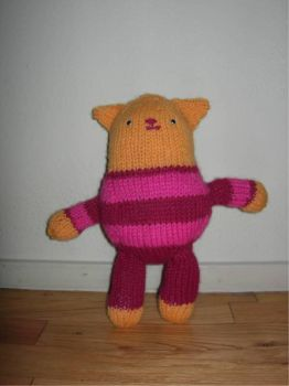 Knitty Kitty Kate by sponch