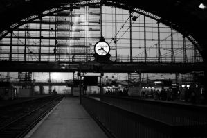 Gare de Bordeaux by AnneSoLand