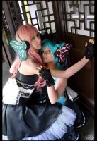 Vocaloid Megurine Luka and Hatsune Miku - Magnet by Nazu-chan
