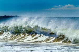 The Wave by andyhutchinson