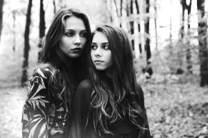 Black fall by GretaTu