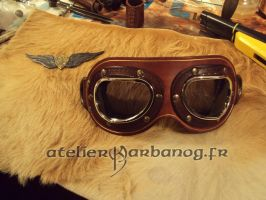 Lunette et insigne pour steam pirate - google and by Karbanog