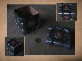 Companion Cube Box by Doaberuko