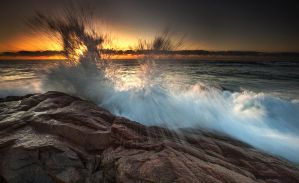 Rocky Bay Splash by Arty-eyes
