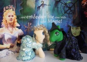 Elphie and Glinda by customlpvalley