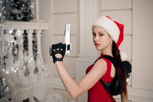 Christmas Lara Croft - portrait by TanyaCroft